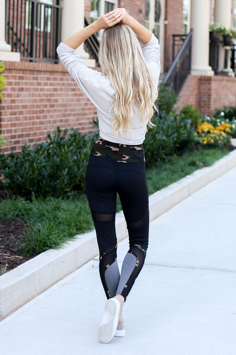 Dress Up Model wearing Camo and Mesh Contrast Workout Leggings Back View