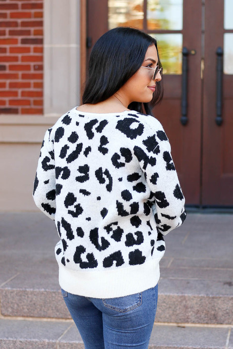 Dress Up Model wearing White Leopard Print V-Neck Sweater Back View