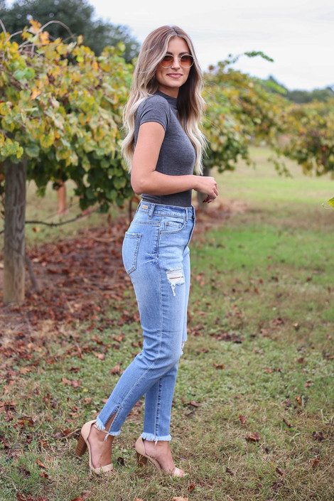 Light Wash - Cropped Split Hem Mom Jeans Side View