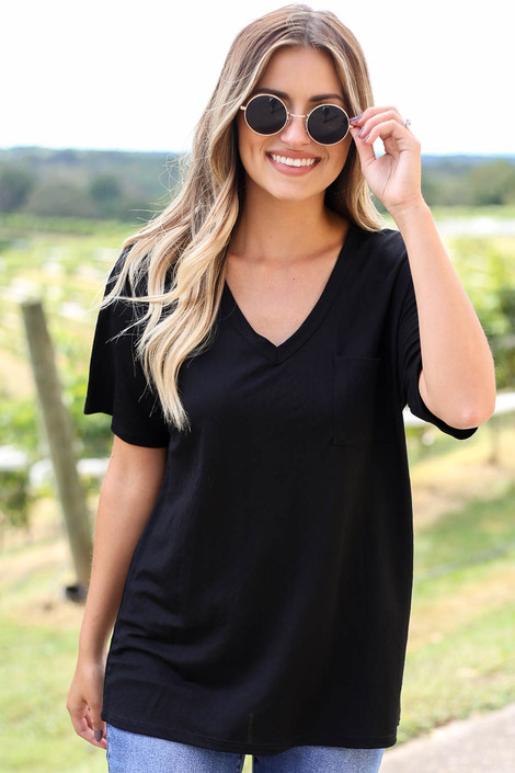 Black - V-Neck Basic Tee