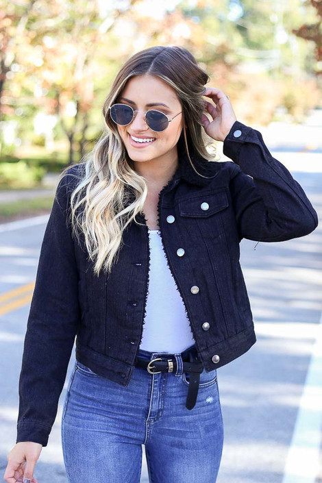 Leila Sherpa Lined Cropped Denim Jacket