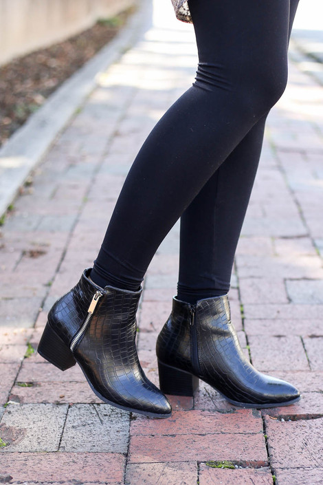 Black - Pointed Toe Crocodile Embossed Ankle Booties