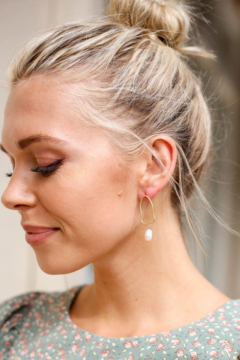 Gold - Pearl Drop Earrings from Dress Up