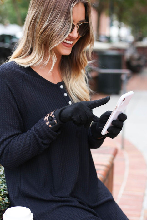 Model wearing Leopard Faux Fur Lined Gloves from Dress Up Boutique
