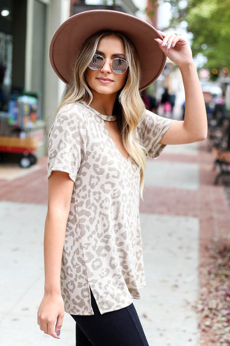 Taupe - Leopard Print Keyhole Top Side View