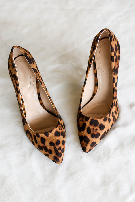 Leopard - Pointed Toe Pumps Top View Flat Lay