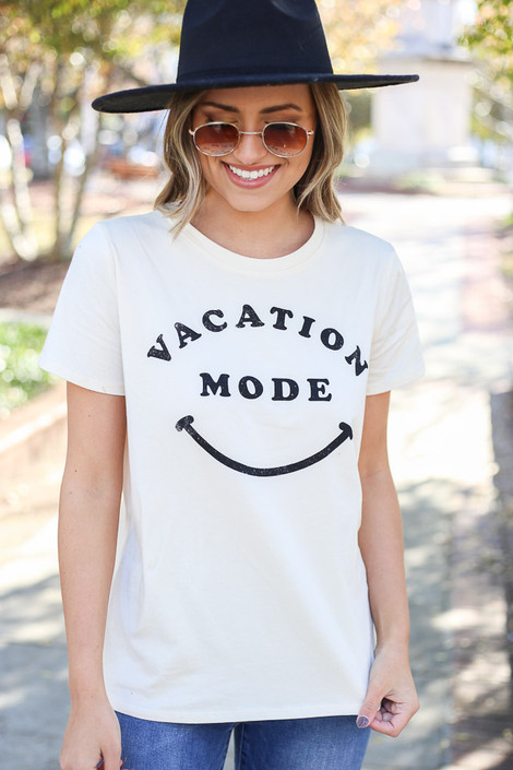 White - Vacay Mode Graphic Tee from Dress Up Boutique