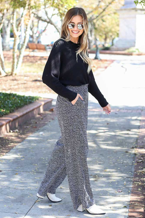Black - Spotted Wide-Leg Pants Side View