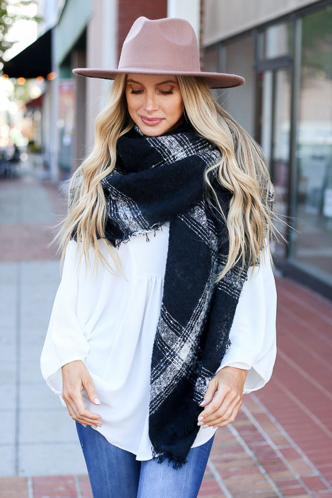 Black - Oversized Plaid Knit Scarf Wrap View
