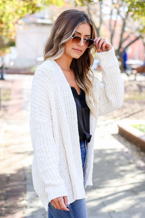 Dress Up Model wearing Ivory Luxe Chenille Cardigan Side View