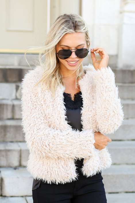 Ivory - Cropped Faux Fur Jacket