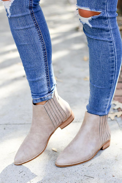Taupe - trendy boutique Chelsea boot in taupe