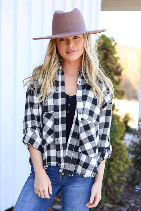 Black - and White Buffalo Plaid Cropped Flannel