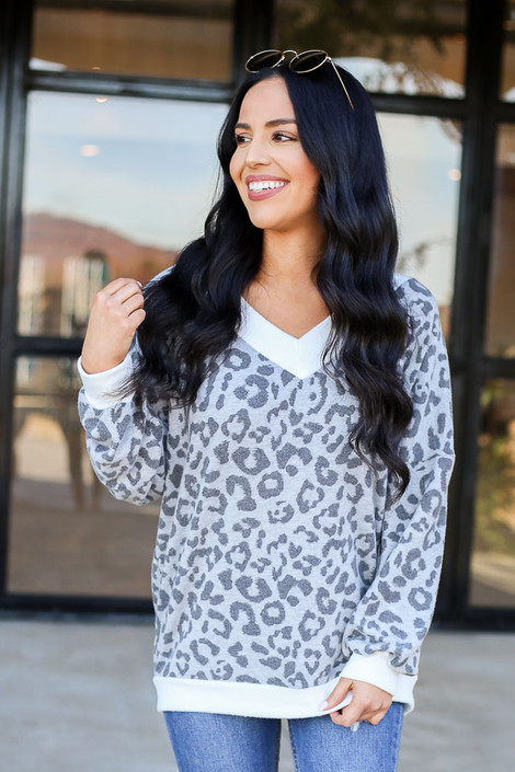 Grey - Leopard Fleece Pullover