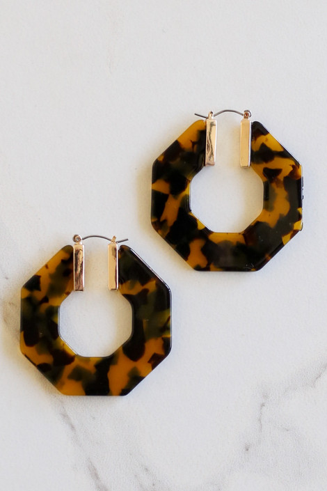 Camel - Acrylic Hexagon Hoop Earrings Flat Lay