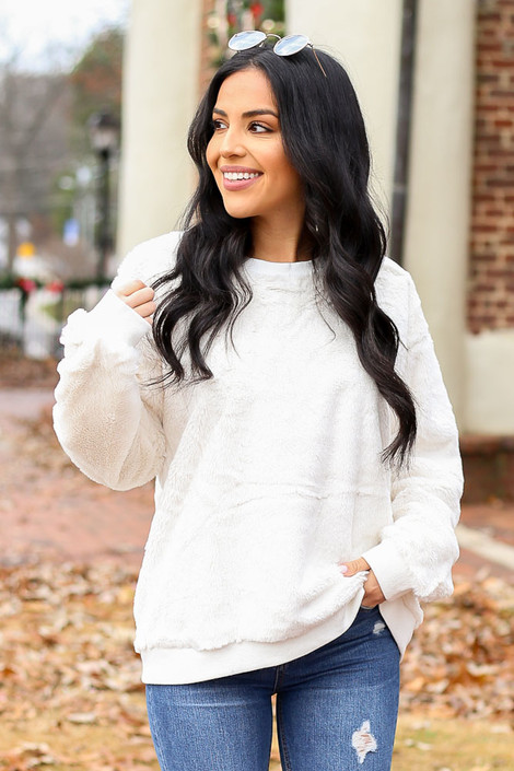 Ivory - Faux Fur Pullover