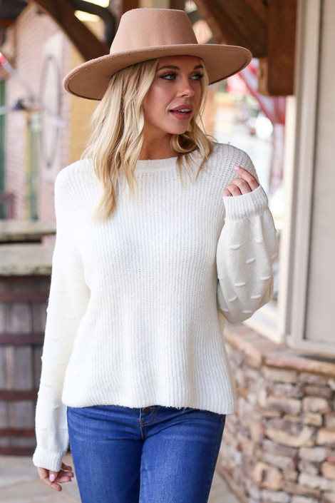 Ivory - thick textured knit sleeve in pretty color
