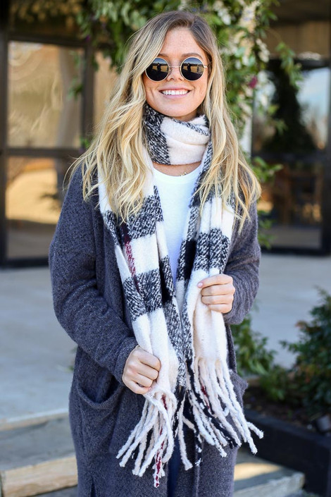 White - Plaid Fringe Scarf on Model