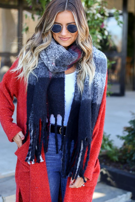 Dress Up Model wearing Black Plaid Blanket Scarf Wrapped
