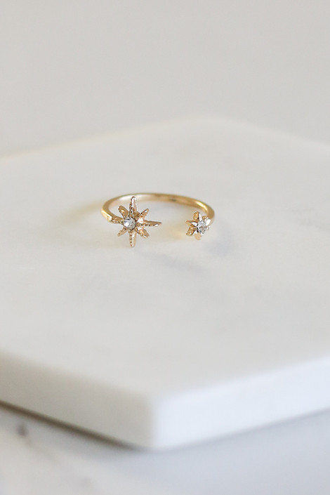 Adjustable Star Ring from the Star and Moon Ring Set from Dress Up