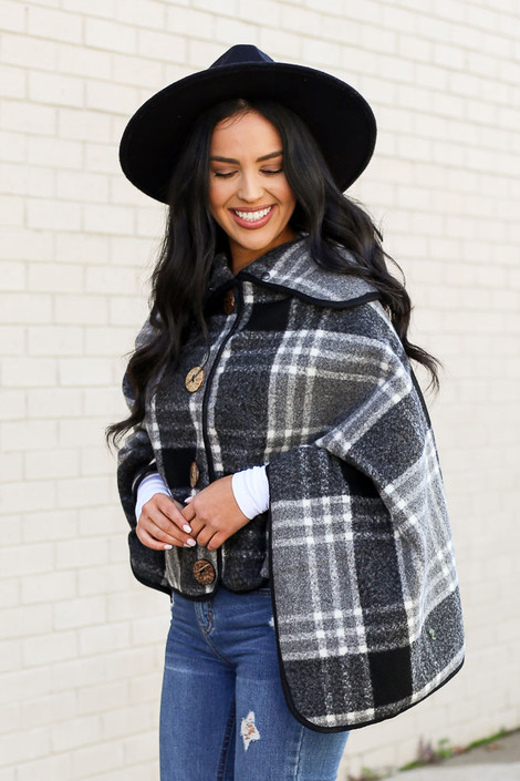 Model of Dress Up wearing the Plaid Oversized Collar Poncho Side View