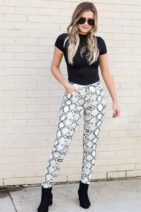 Snake - Snakeskin Coated Mid-Rise Skinny Jeans from Dress Up