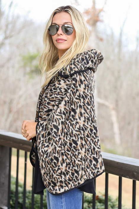 Leopard Oversized Collar Poncho Side View