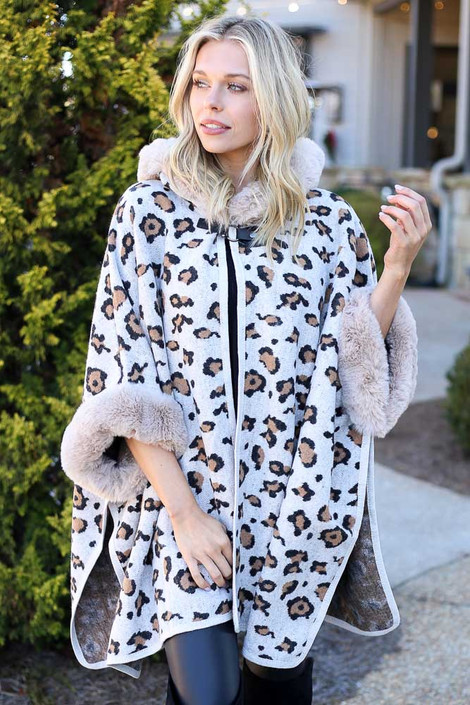 Ivory - Fur Lined Leopard Knit Cape