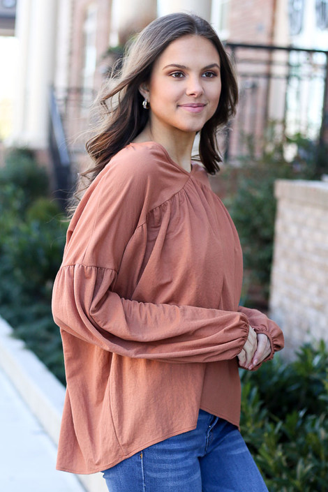 Balloon Sleeve Babydoll Top in Rust Side View