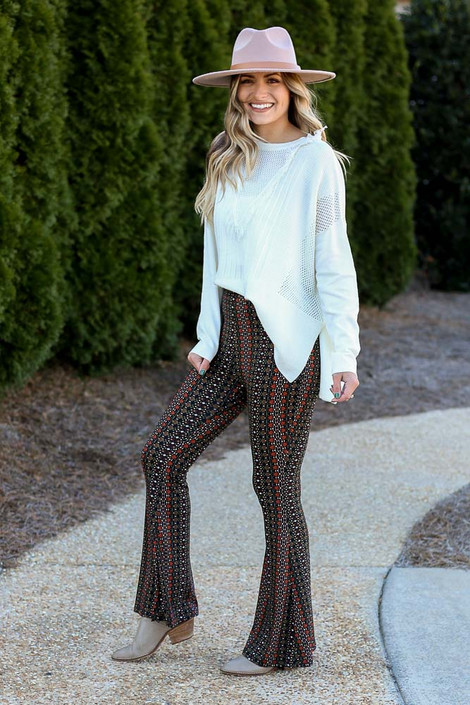 Print Knit Bell Bottom Pants Side View