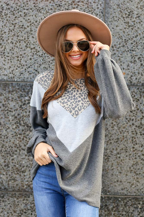 Model wearing the Color Block Brushed Knit Pullover with Wide Brim Fedora Front View