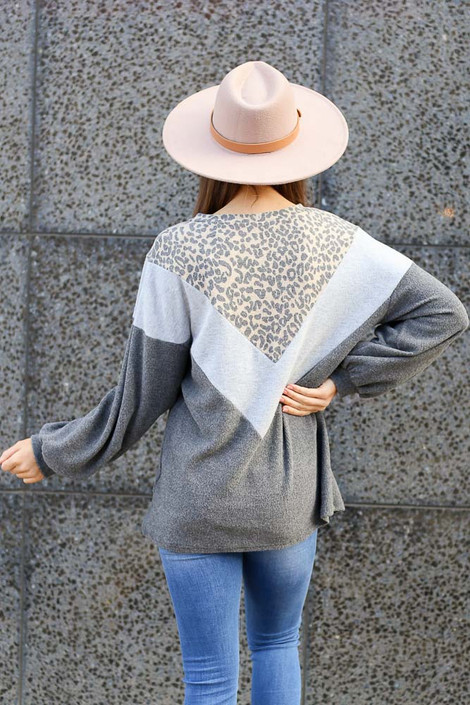 Model wearing the Color Block Brushed Knit Pullover with Wide Brim Fedora from Dress Up Back View