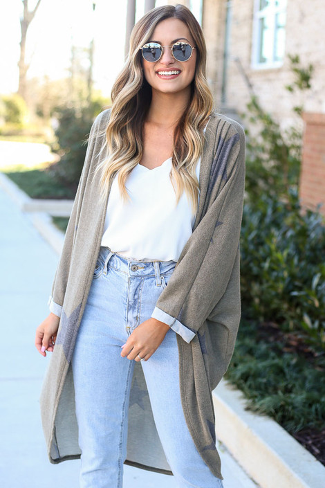 Model wearing the Star Brushed Knit Longline Cardigan with high rise jeans and white tank top from Dress Up Front View