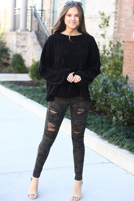 Camo - High-Rise Distressed Jeans