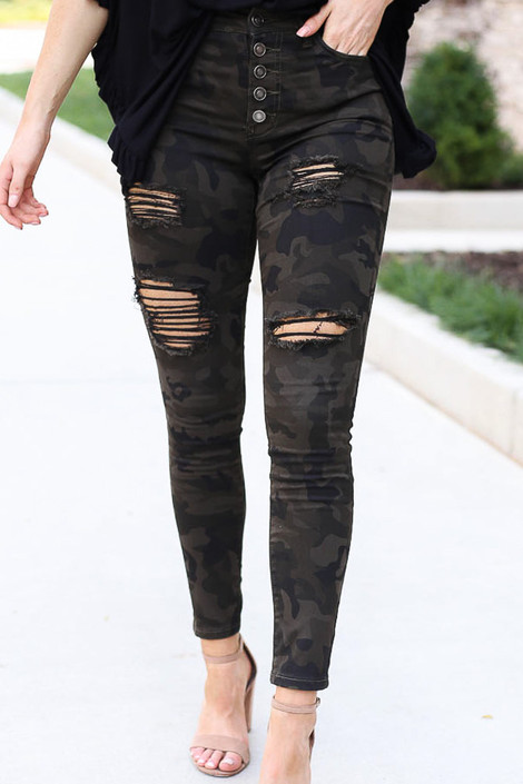 Camo - High-Rise Distressed Jeans Close Up