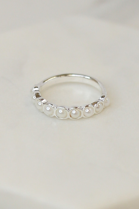 Close Up of the Silver pearl ring in Assorted Dainty Ring Set