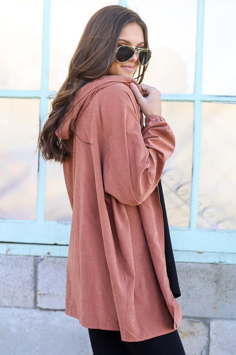Model wearing the Hooded Utility Jacket in Mauve with Black tank top and black skinny jeans from Dress Up Side View