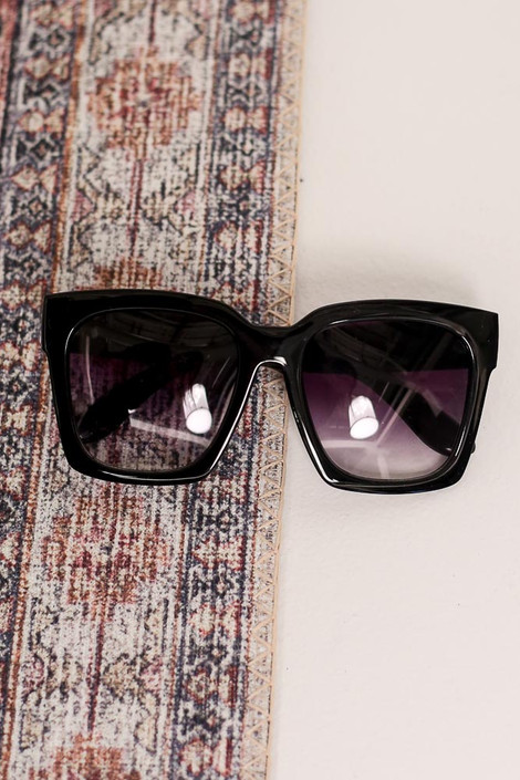 Black/Gradient - Flat Lay of the Oversized Square Sunglasses