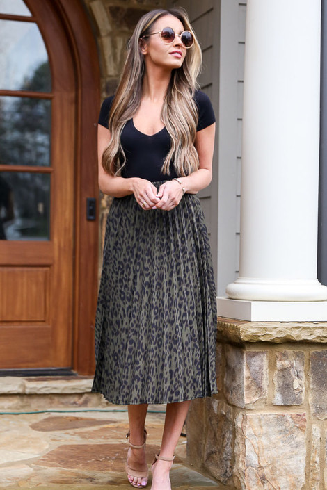 Olive - Leopard Pleated Midi Skirt