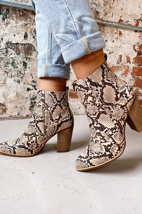 Snake - Pointed Toe Block Heel Booties