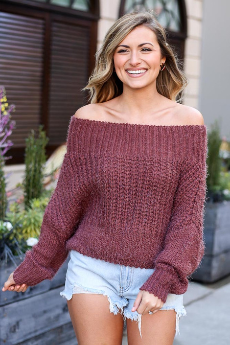 Dress Up model wearing the Cropped Eyelash Knit Top in Marsala with denim shorts