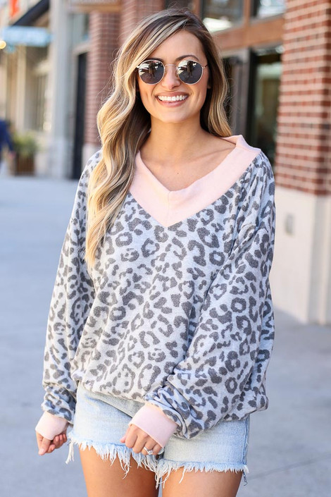 Model wearing the Leopard Brushed Knit Oversized Top