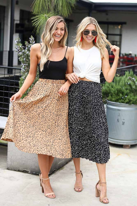 Black - Spotted Pleated Midi Skirt