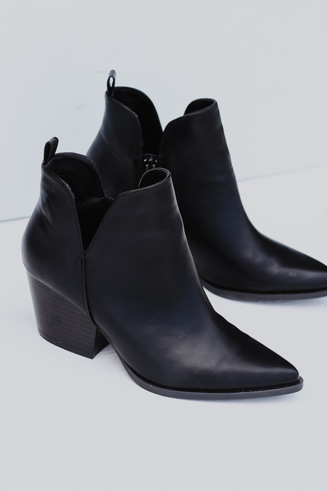 Black - Pointed Toe Booties from Dress Up