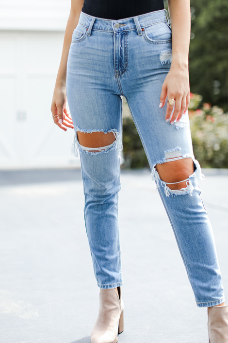 Light Wash - Distressed Boyfriend Jeans from Dress Up