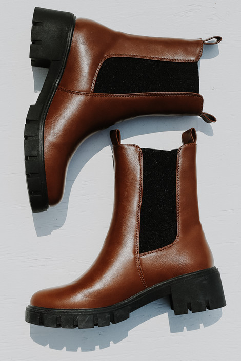 Rust - Chelsea Boots from Dress Up