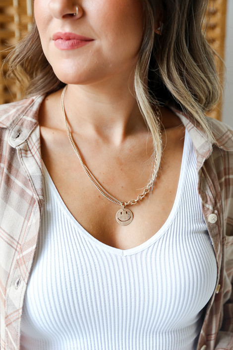 Gold - Smiley Face Chain Necklace