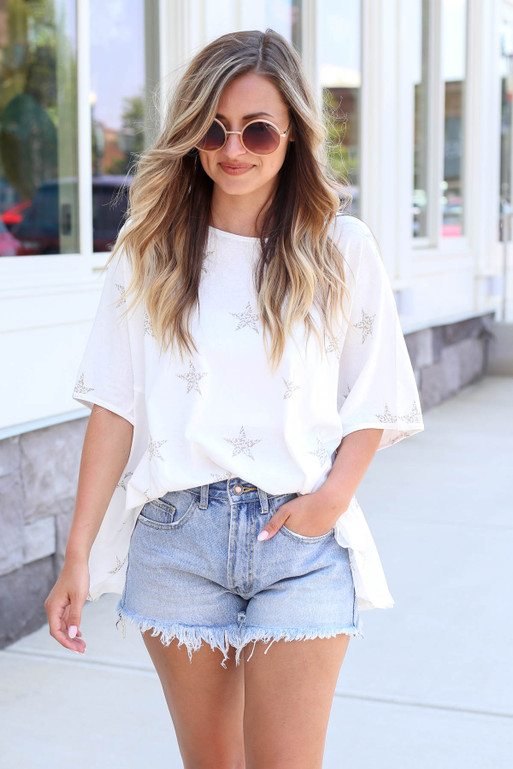 White - Oversized Star Print Tee Tucked In
