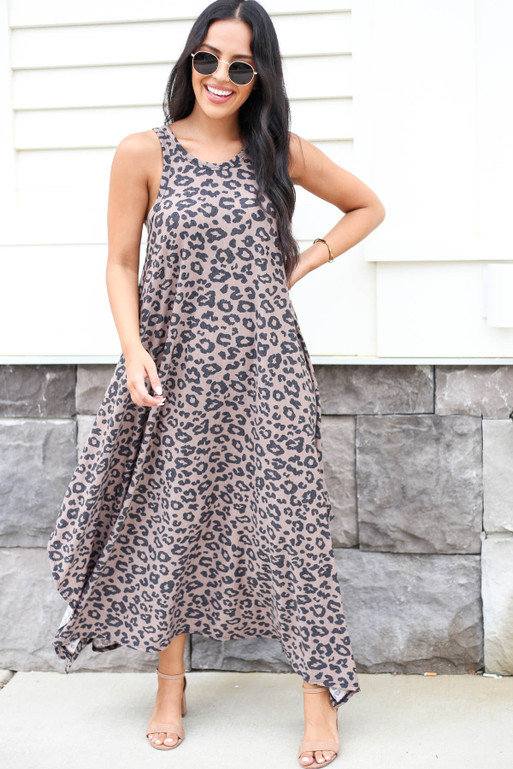 Model wearing Brown Leopard Print Sleeveless Maxi Dress Front View