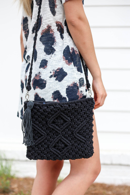 Black - Crossbody Crochet Handbag